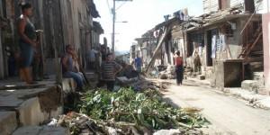 town full of makeshift homes