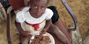 Haiti: Feeding 4,000 Daily
