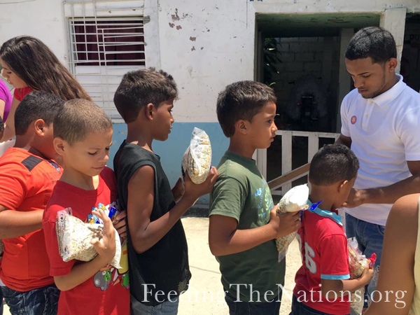Dominican Republic: Bringing Food and Salvation